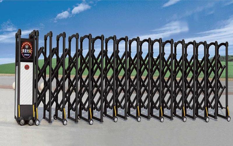 河南伸缩门安装人员介绍电动的伸缩门的保养方法