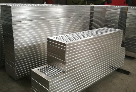西安铝合金防滑板