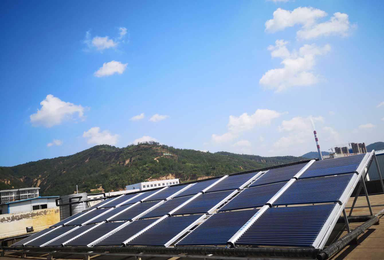 延安嘉盛石油機械有限公司職工洗浴太陽能熱水係統項目