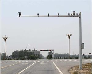 青岛交通监控杆