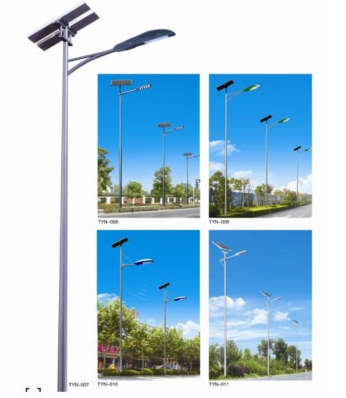 山东LED太阳能路灯厂家