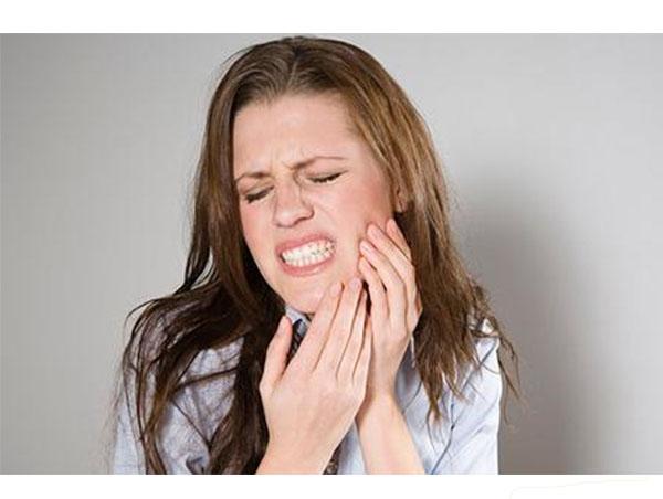 蛀牙/虫牙/龋齿