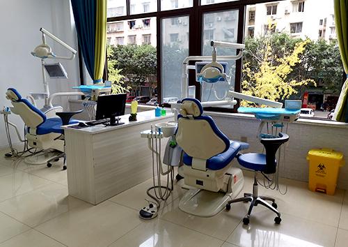 牙周治疗室