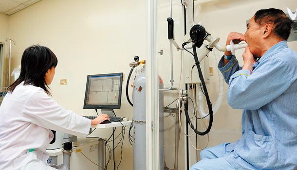 体检中心肺功能检查