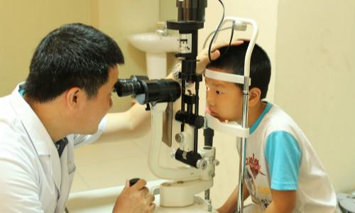 南充眼部体检医院