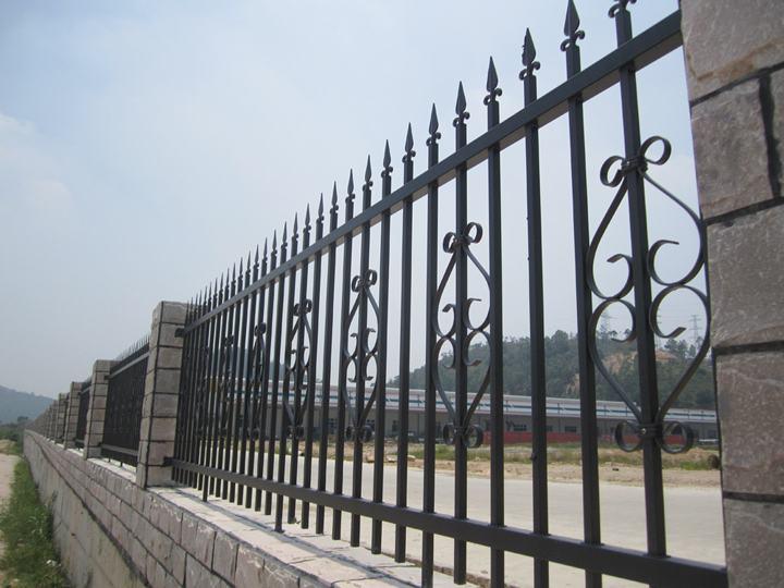 成都铁艺栏杆