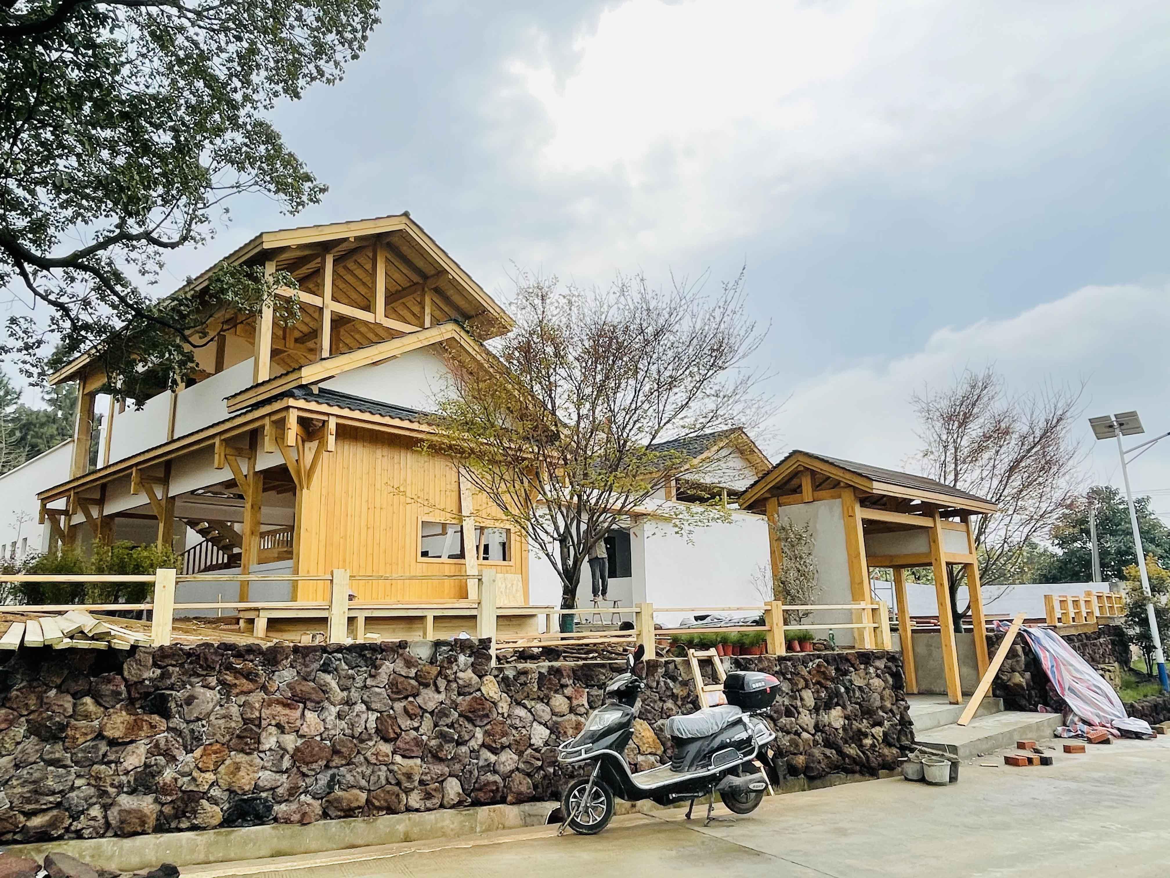 莫安桃李·民宿木屋