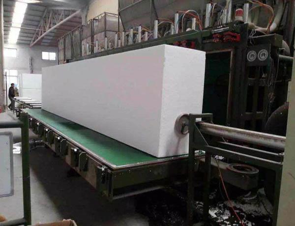 四川聚苯板生产车间