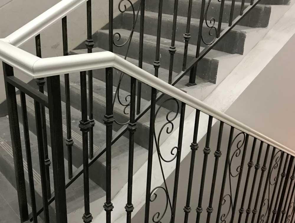 德阳铁艺楼梯扶手