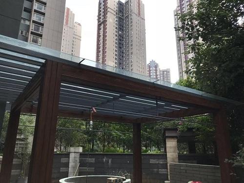 德阳玻璃雨棚