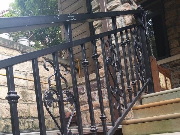 绵阳铁艺楼梯扶手
