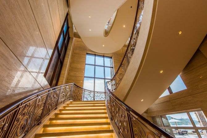 南充弧形楼梯
