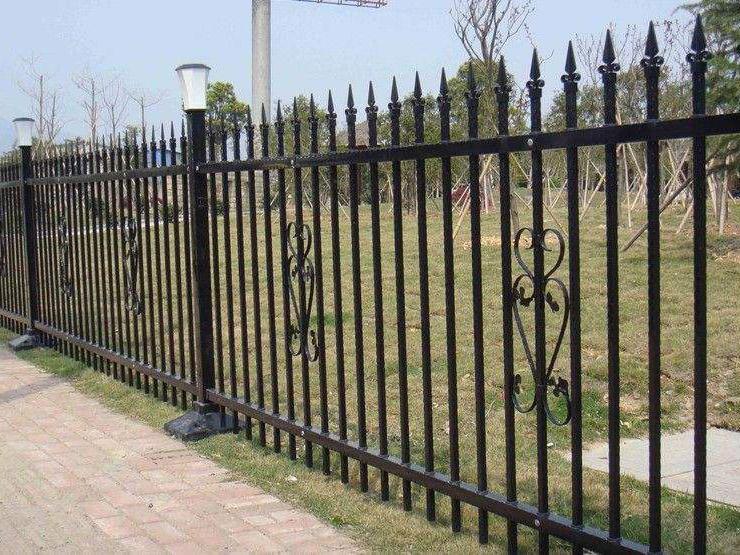 成都铁艺围栏