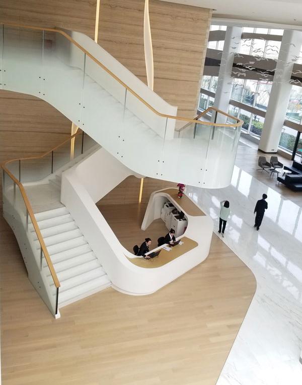 成都钢楼梯