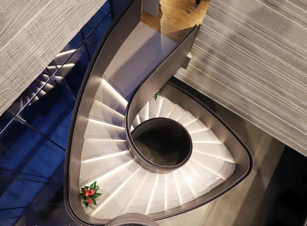 四川钢结构楼梯