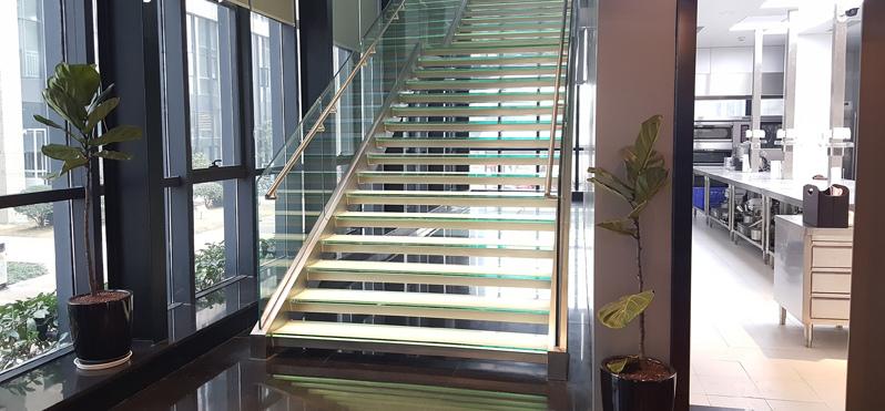 四川发光楼梯