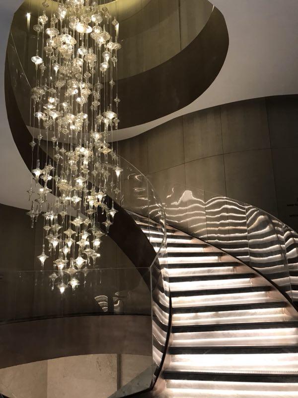 重点!旋转楼梯的结构原理,成都发光楼梯来告诉你