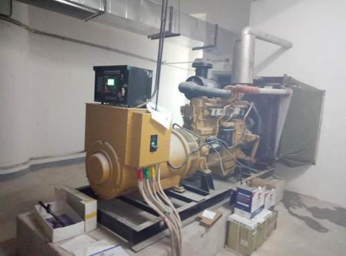 300KW卡得城仕雅安成都发电机组调试