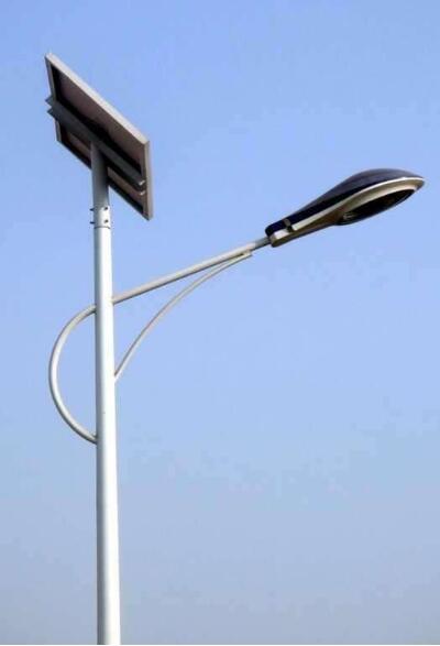 路灯照路人,路人造路灯,四川太阳能路灯因地制宜