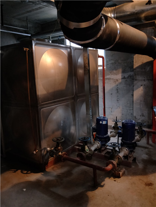 乌苏市南区养老院板式换热设备投入使用