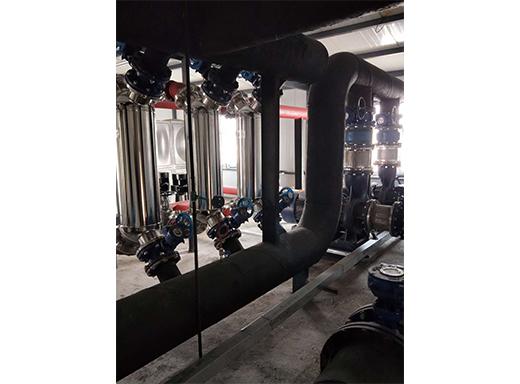 玛纳斯150000平方蒸汽换热设备安装完毕