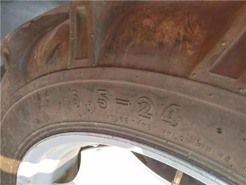 河南拖拉机轮胎出售