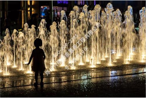 固始购物中心旱式喷泉案例实景
