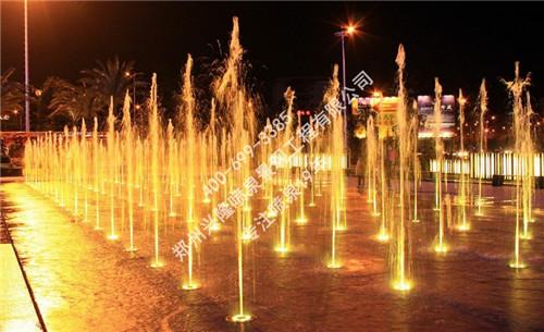 广场喷泉让我们的生活变得更美好