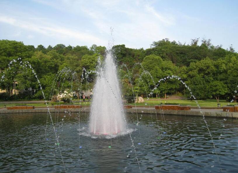 河南湖面喷泉