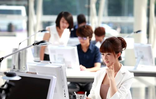 女生学电脑