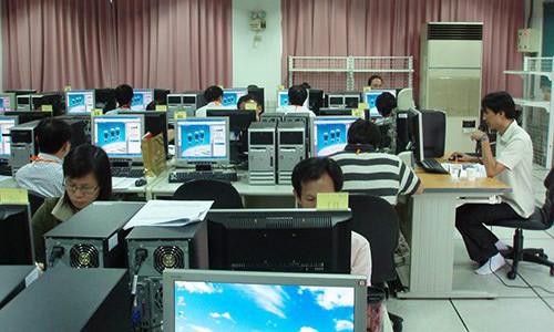 电脑配置培训学校
