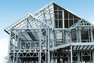 多雨季节钢筋施工,除锈很重要