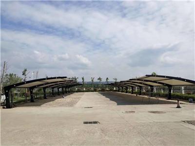 河南膜结构车棚厂家与洛宁县人民法院车棚的成功案例