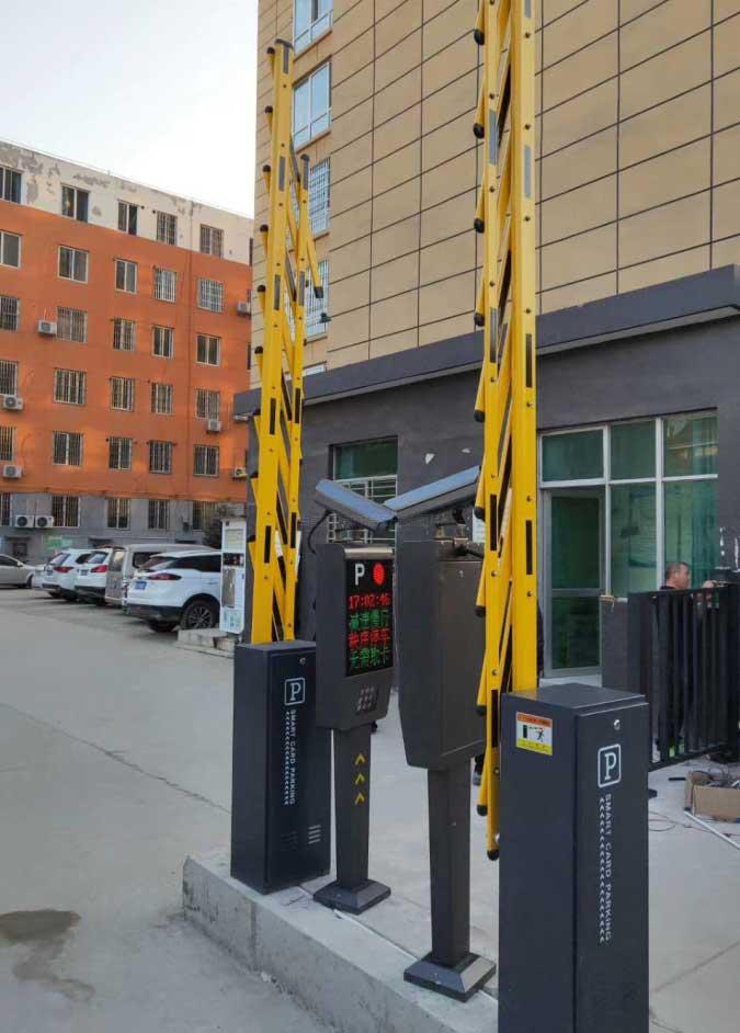 西安市高新区车牌识别系统安装调试完毕