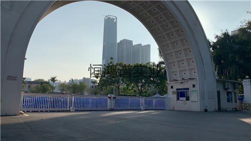 新疆乌鲁木齐电动滑段门安装调试完成