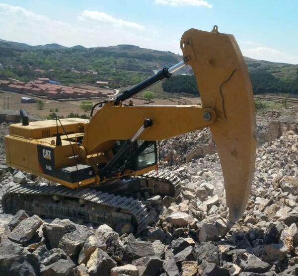 一体臂厂家告诉你什么是挖掘机掉臂