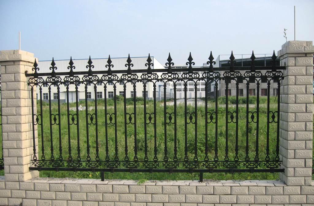 呼市铁艺围栏生产