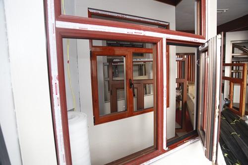 乌兰察布塑钢门窗安装