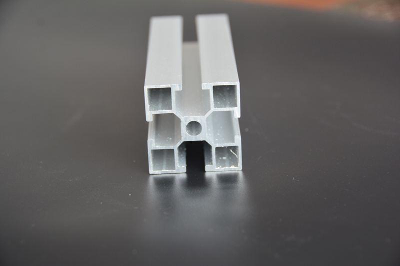 你知道现今铝型材的应用及锯切方式吗?
