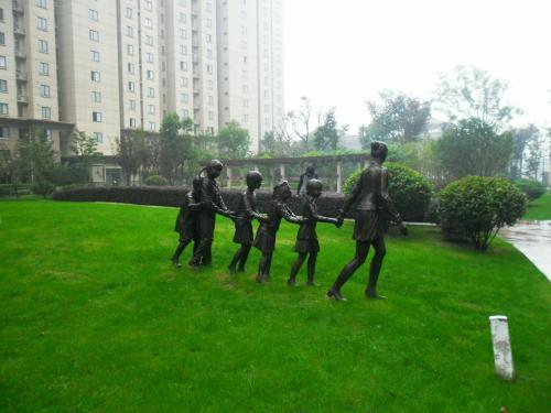 河南玻璃钢雕塑设计