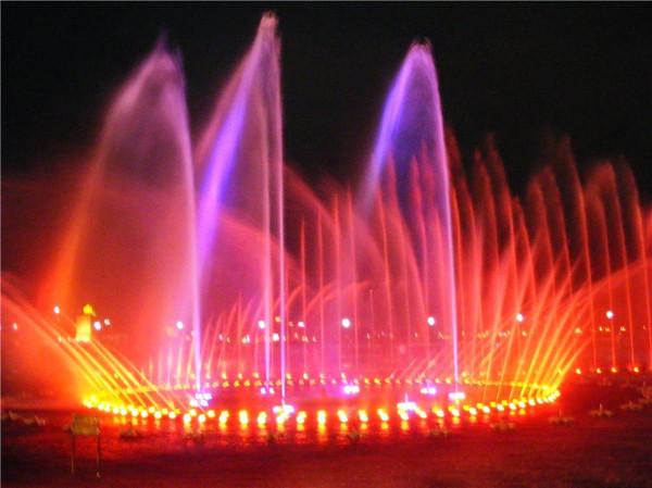 张果老广场音乐喷泉