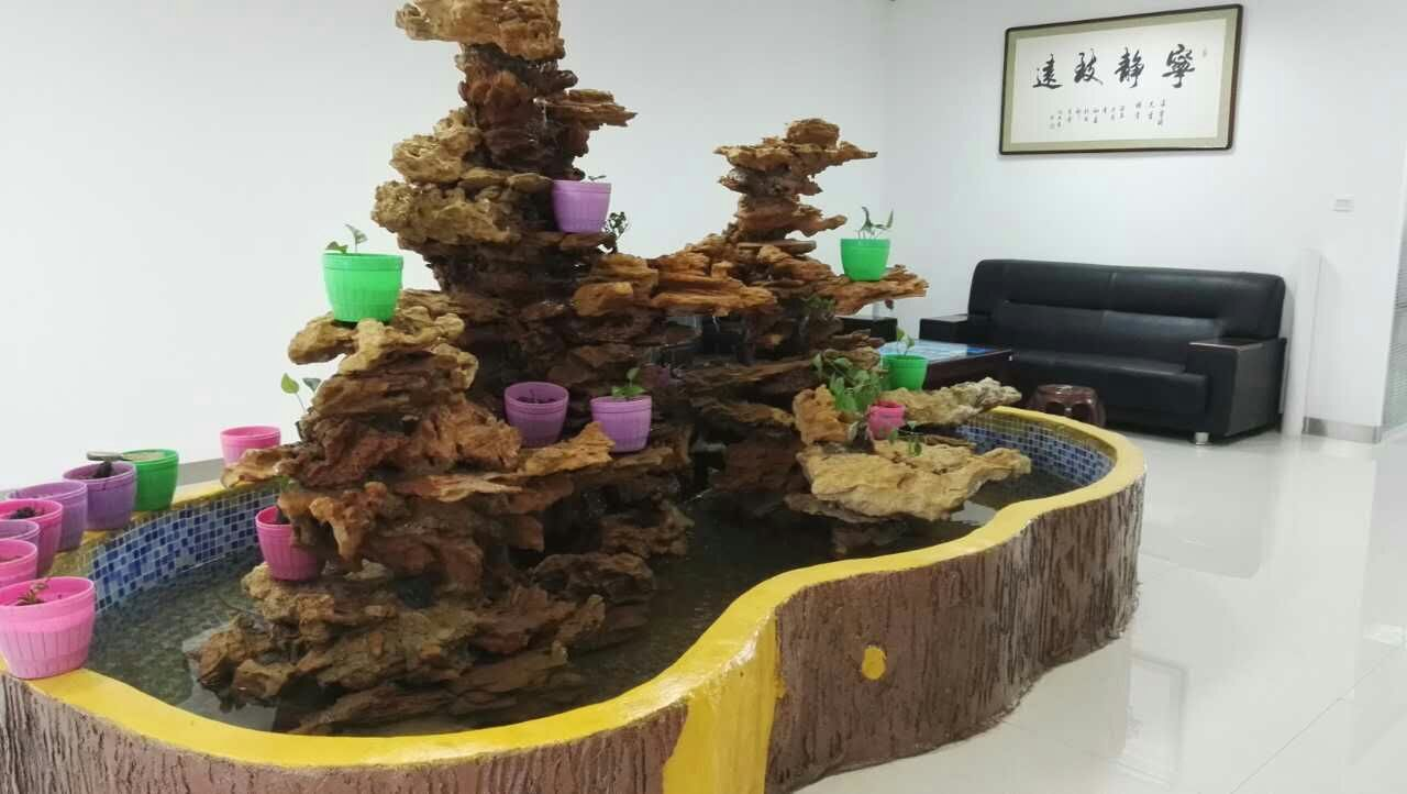 内蒙古景观工程-自然石假山