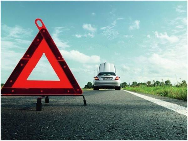 西安道路救援认为汽车轮胎修补时到底选择哪个好呢?
