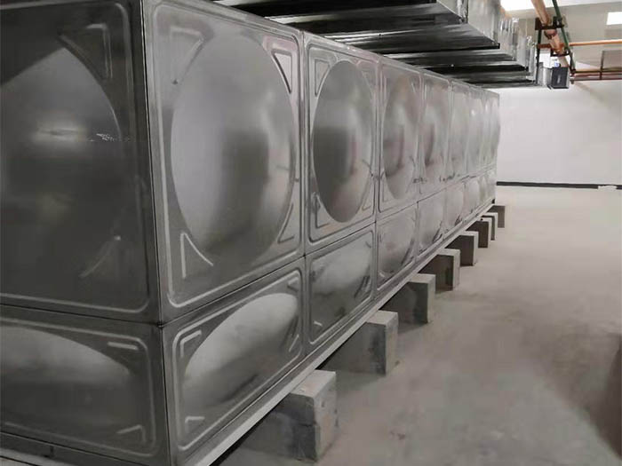 宝鸡聚丰集团项目不锈钢水箱案例