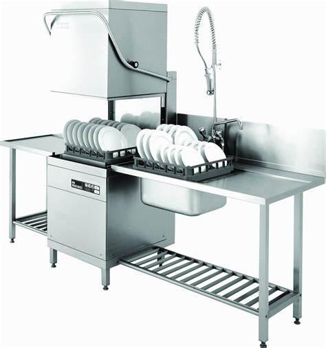 重庆厨具告诉你选择商用洗碗机对一个酒店来说有多重要?