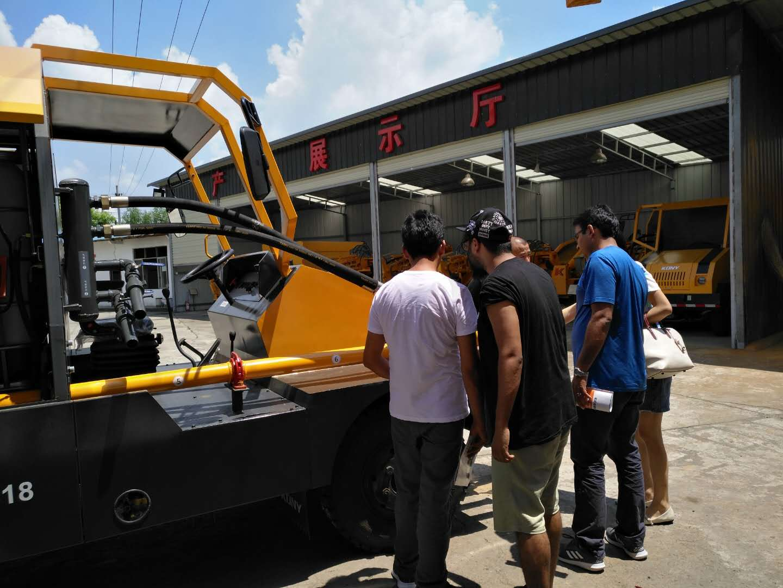 印度客户/K7轮式湿喷车