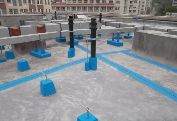 建筑防水材料施工