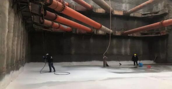 底板大面积防水施工