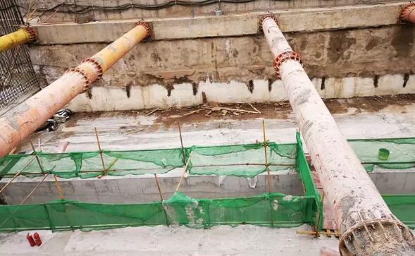 侧墙防水高度高于主体结构