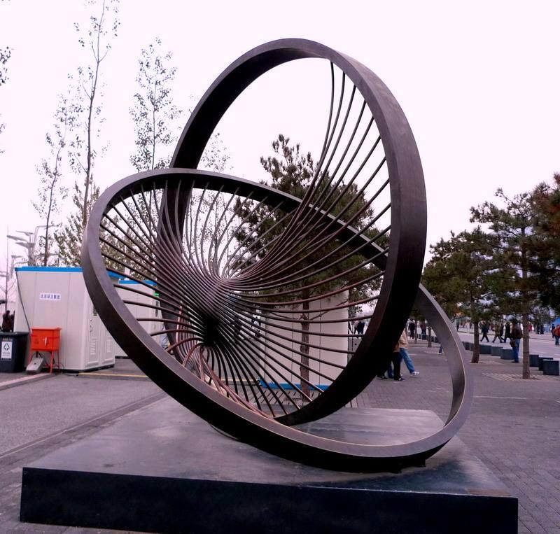 四川异型雕塑的选料要求